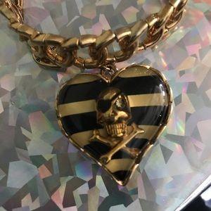 Betsey Johnson skull stretch bracelet gold pirate